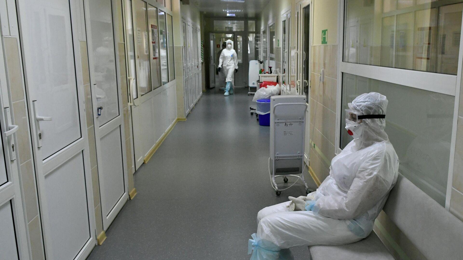 Госпиталь для лечения больных Covid-19 в Краснодаре - РИА Новости, 1920, 14.09.2021