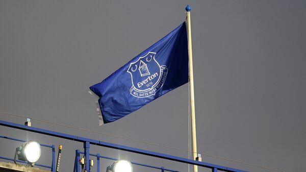 Флаг с логотипом футбольного клуба Эвертон