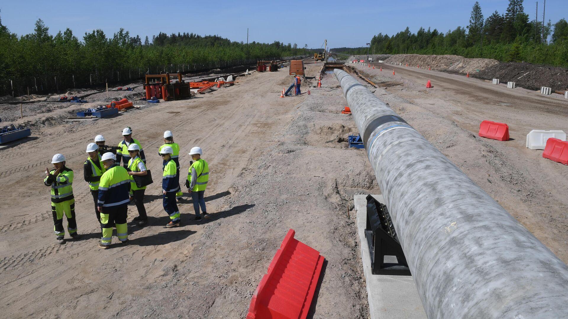 Рабочие на участке строительства газопровода Северный поток-2 в Ленинградской области - РИА Новости, 1920, 21.07.2021