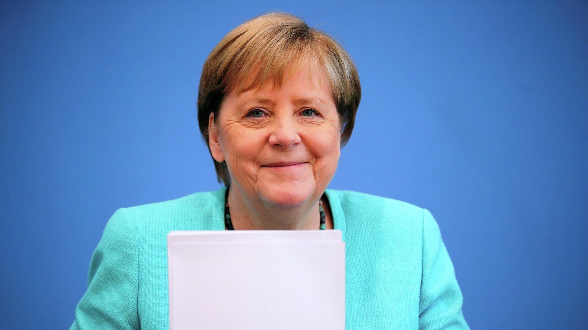 Кличко не пропустили встречать Меркель в аэропорту