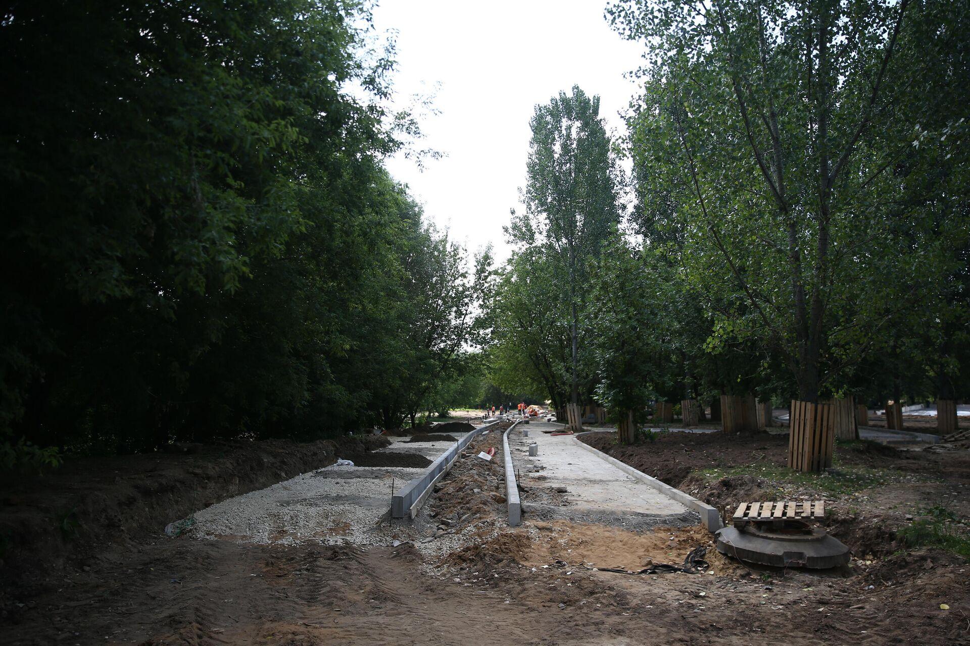 Работы по благоустройству парка Яуза в Москве - РИА Новости, 1920, 22.07.2021