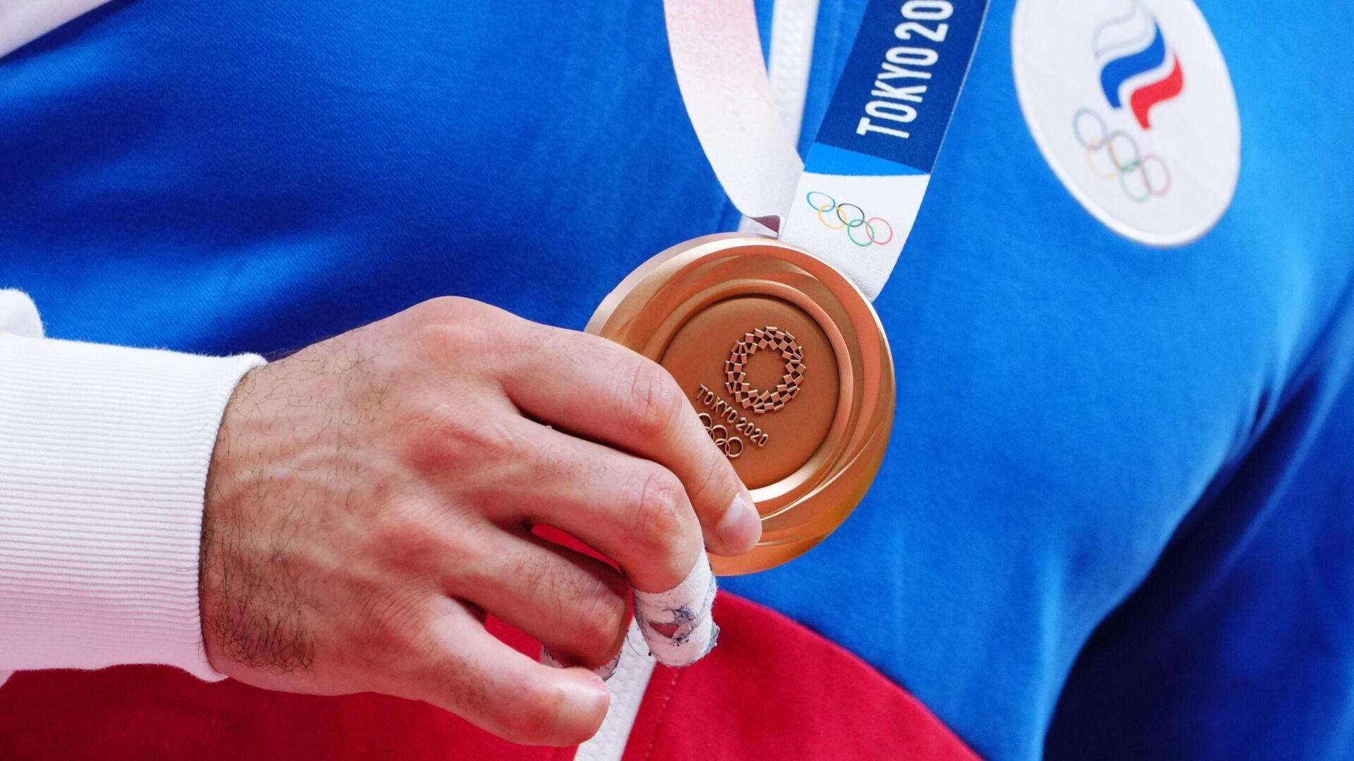 Бронзовая медаль российского дзюдоиста Нияза Ильясова - РИА Новости, 1920, 29.07.2021