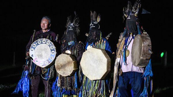 Названо число шаманов в России