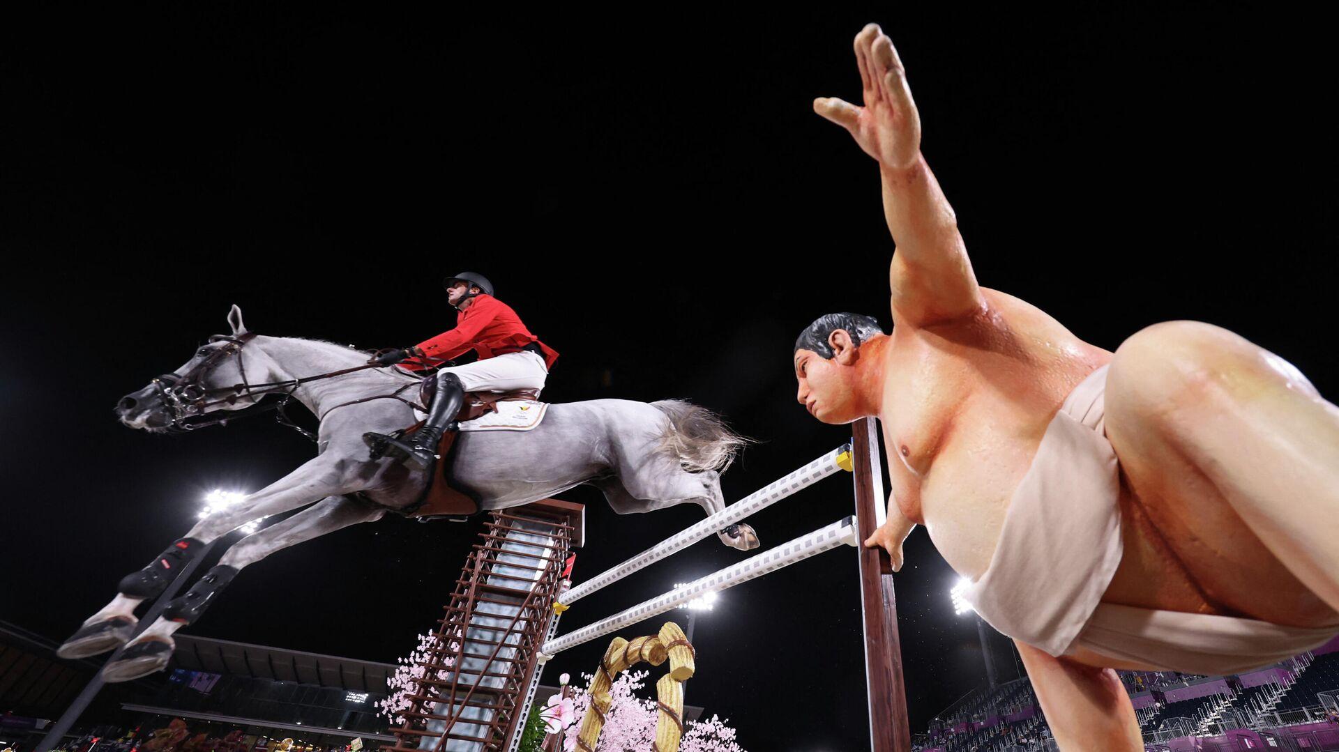 Статуя сумоиста на Олимпиаде в Токио - РИА Новости, 1920, 05.08.2021