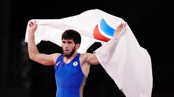 Российский спортсмен, член сборной России Заур Угуев, завоевавший золотую медаль на соревнованиях по вольной борьбе на Олимпийских играх в Токио