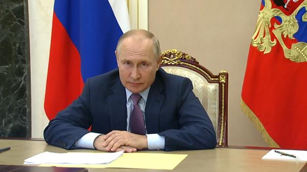Приезжайте прямо сейчас: Путин вызвал министра транспорта в Кремль
