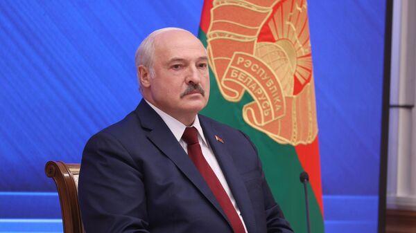 Президент Белоруссии Александр Лукашенко во время встречи с журналистами, представителями общественности, экспертного и медийного сообщества