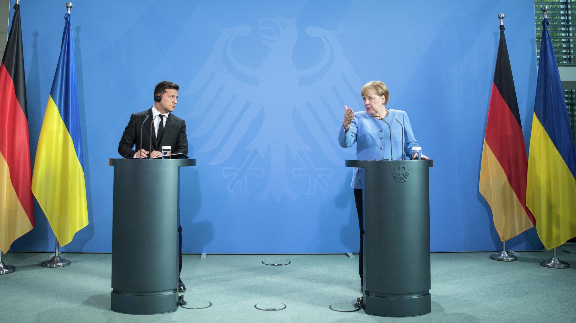 Меркель ожидает власть над Украиной. Но все зависит от Москвы