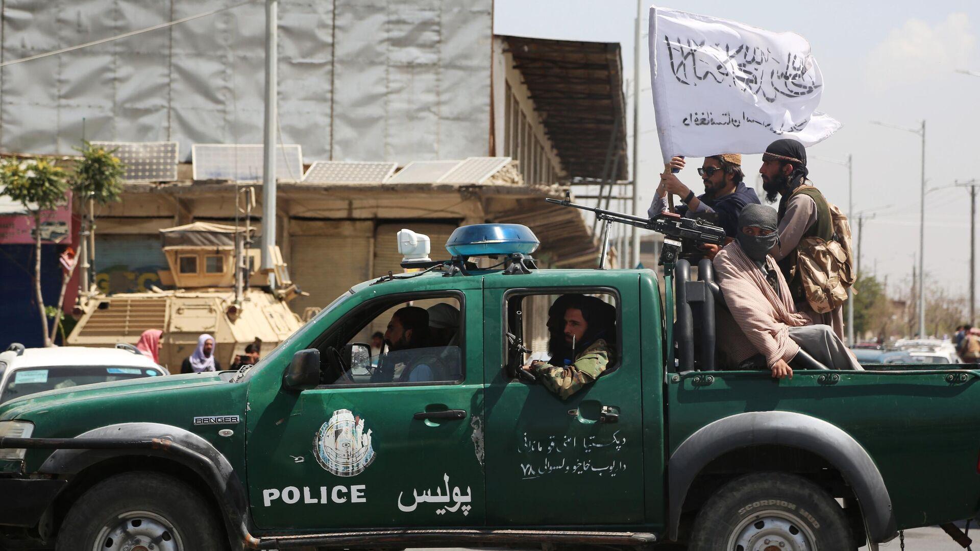 """Бойцы """"Талибана""""* ждут приказа атаковать Панджшер, сообщил источник"""