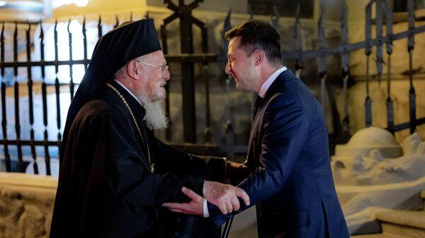 Патриарх Константинопольский Варфоломей и президент Украины Владимир Зеленский во время встречи в Киеве