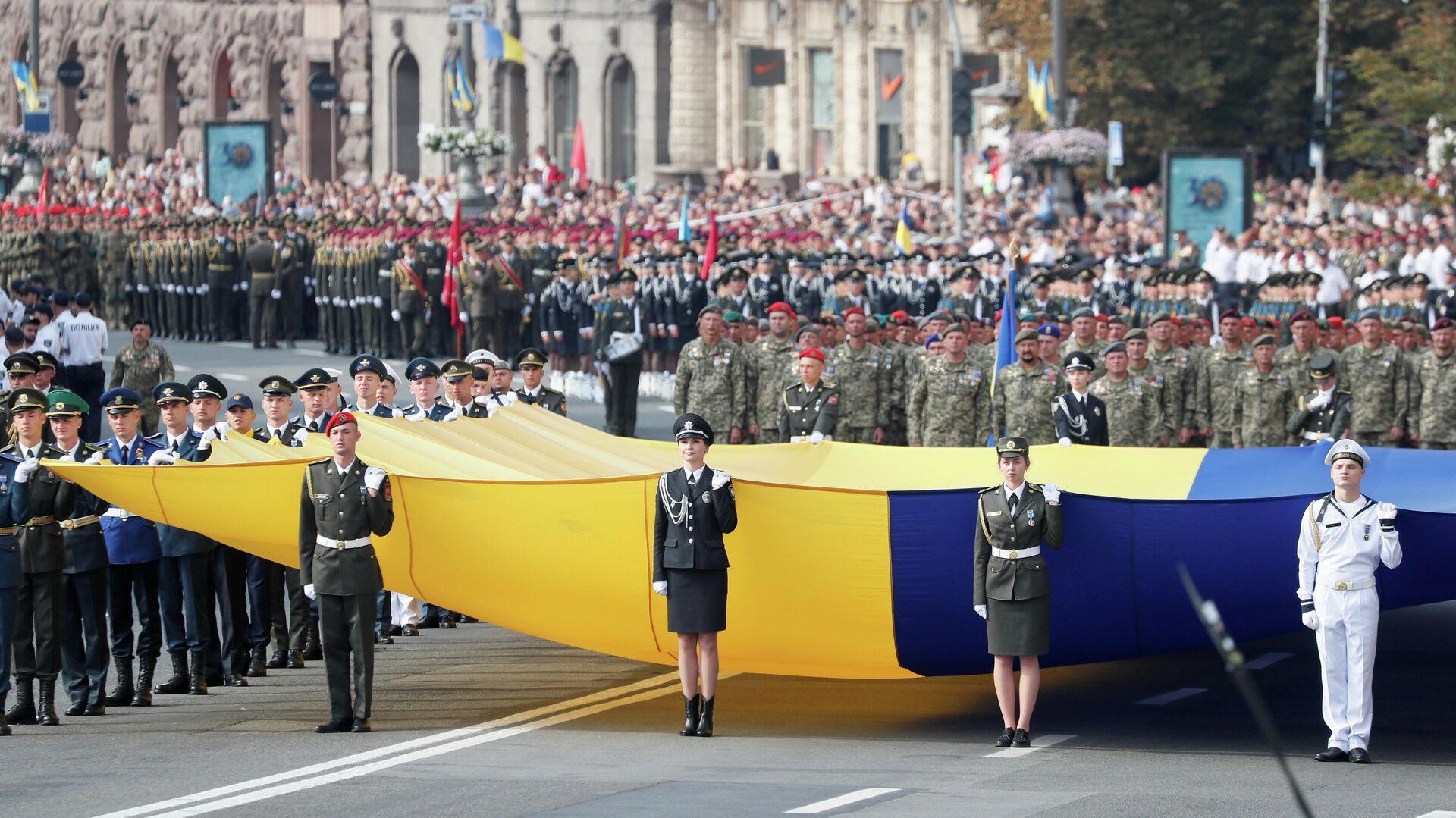 В Киеве начался военный парад ко Дню независимости Украины - РИА Новости, 24.08.2021