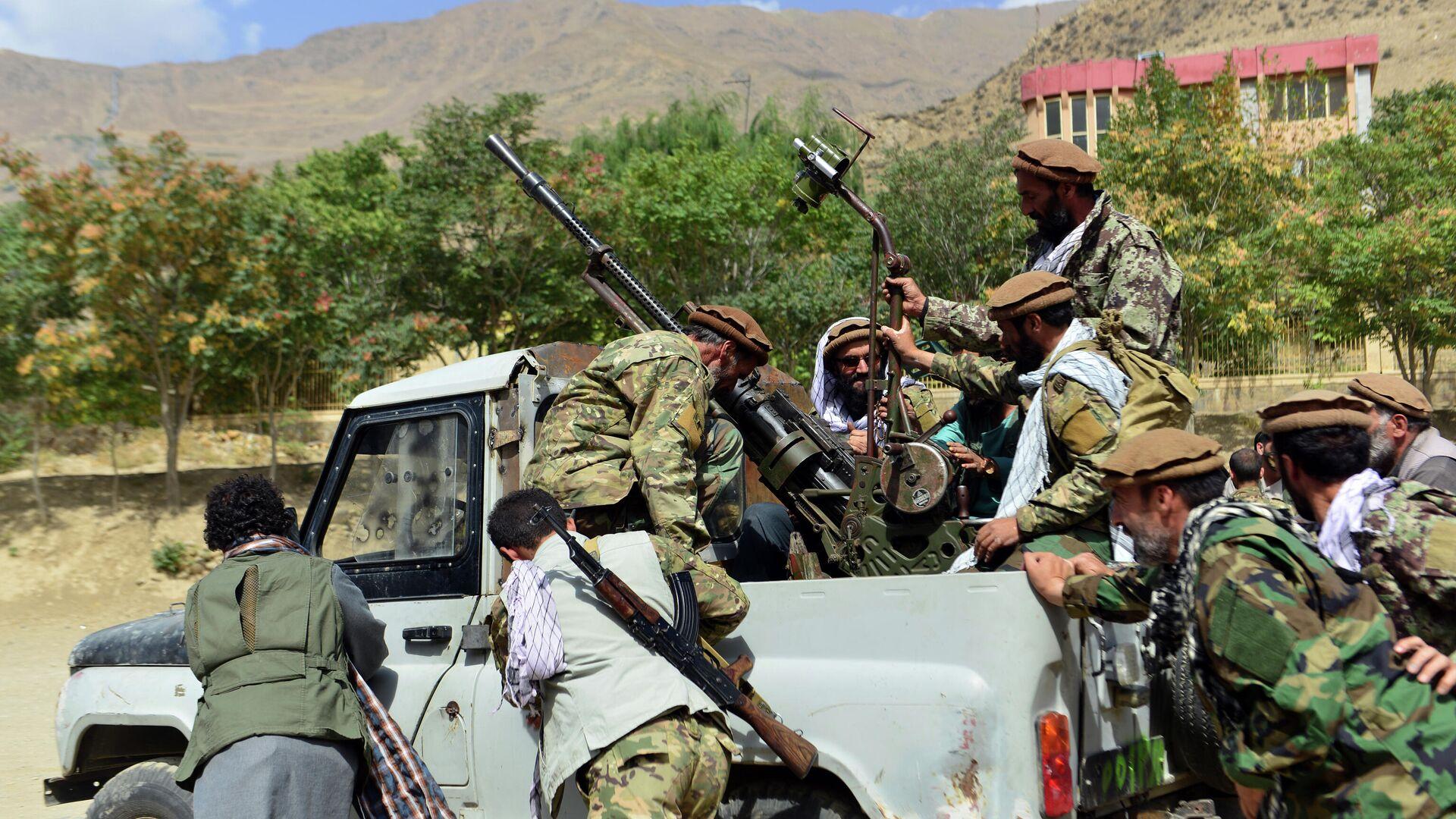 Бойцы афганского движение сопротивления Талибану* в провинции Панджшер - РИА Новости, 1920, 08.09.2021