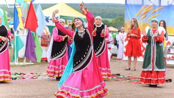 Праздник Сабантуй в регионах РФ