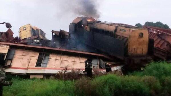 Место столкновения грузовых поездов в Гвинее