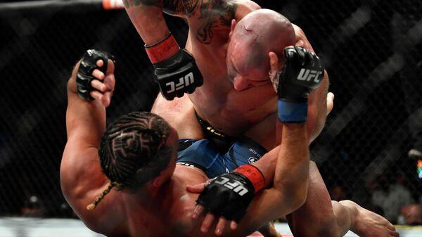 Волкановски против Ортеги на UFC 266