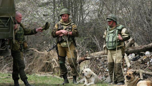 Военнослужащие в Чечне. Архивное фото