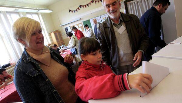 Голосование на парламентских выборах в Будапеште, Венгрия. Фото с места событий