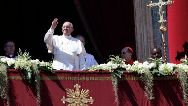 Папа Римский поздравил верующих с католической Пасхой