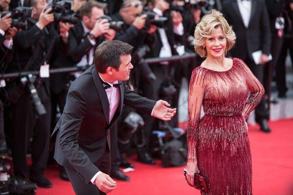 Актириса Джейн Фонда на Красной дорожке церемонии открытия 67-го Каннского фестиваля