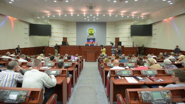 На заседании 3-й сессии Верховного Совета Донецкой Народной Республики