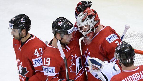 Хоккеисты сборной Канады. Архивное фото