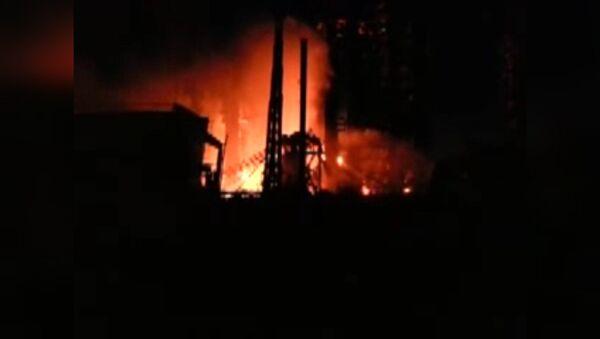 Пламя высотой в несколько метров бушевало на Ачинском НПЗ после взрыва газа