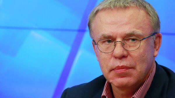 Член Совета Федерации РФ Вячеслав Фетисов. Архивное фото