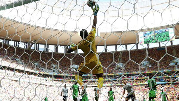 Матч сборной Франции со сборной Нигерии на чемпионате мира по футболу
