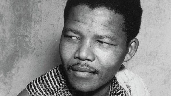 Борец с апартеидом Нельсон Мандела в 1950 году