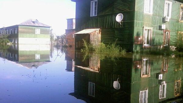 Затопленная улица в поселке Уссурийский. Архивное фото