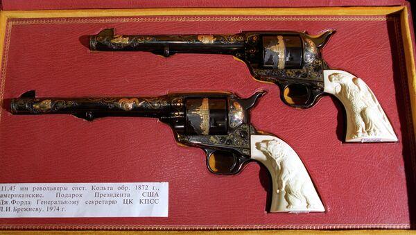 Револьверы системы Кольта