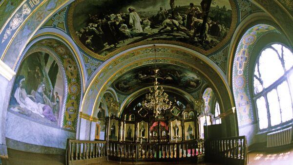 Свод церкви преподобных Антония и Феодосия Печерских