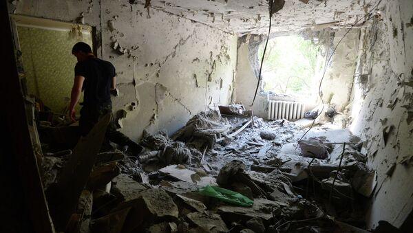 Последствия артобстрелов Донецка. Архивное фото