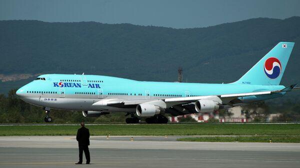 Самолет национальной авиакомпании Южной Кореи Korean Air