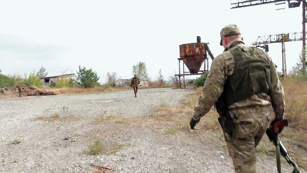 Под Донецком найдены захоронения мирных жителей. Архивное фото
