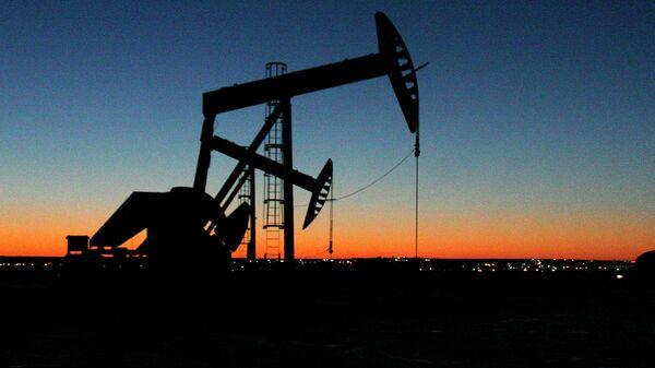 Место добычи нефти. Архивное фото