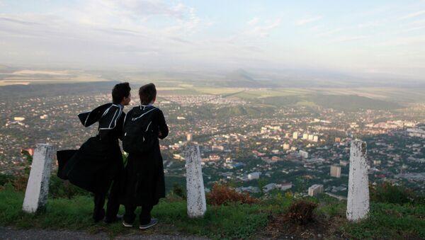 Молебен О мире на Кавказе на вершине горы Машук