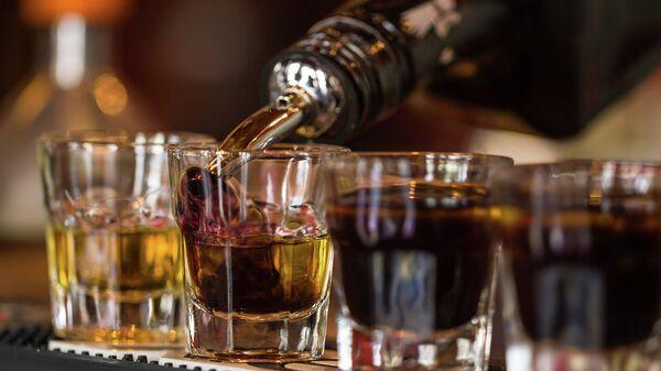 Крепкий алкоголь. Архивное фото