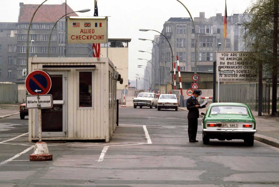 Пропускной пункт на стороне ГДР