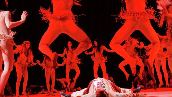 Концерт ансамбля народного танца имени Игоря Моисеева. Архивное фото