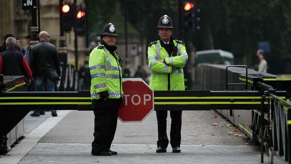Британские полицейские в Лондоне. Архивное фото