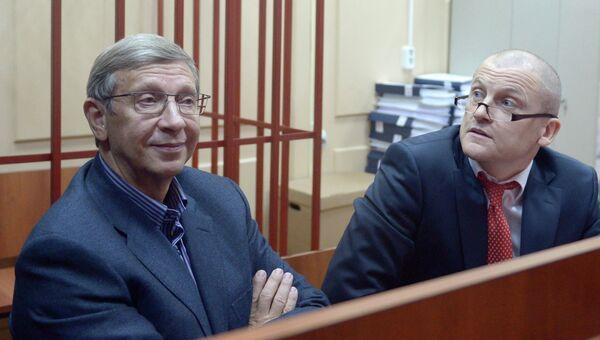 Глава АФК Система Владимир Евтушенков в зале заседаний Басманного суда города Москвы. Архивное фото