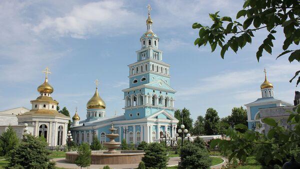 Успенский кафедральный собор в Ташкенте. Архивное фото
