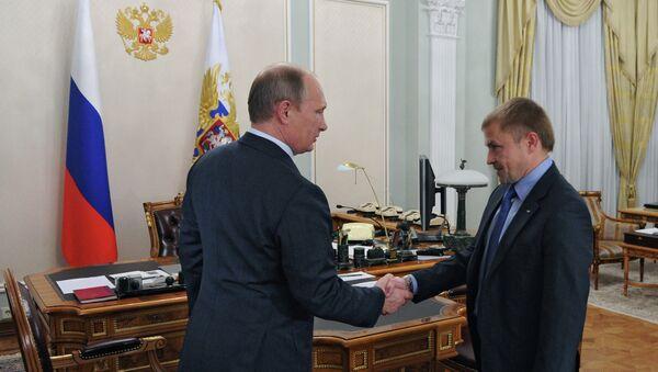 В.Путин провел рабочую встречу с А.Калининым