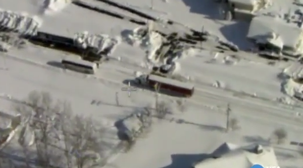 Город Баффало превратился в огромную снежную пустыню