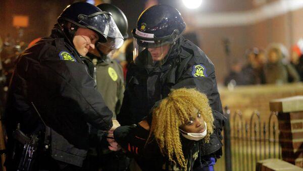 Задержание протестующих в Фергюсоне. Архивное фото
