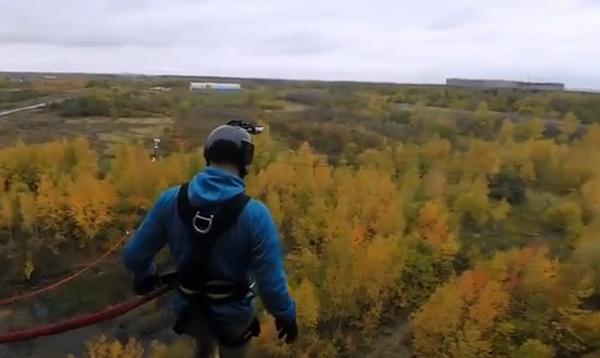 Красивый прыжок в осень, или Развлечения у заброшенной больницы