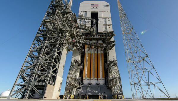 Космический корабль Orion на стартовой площадке. Архивное фото
