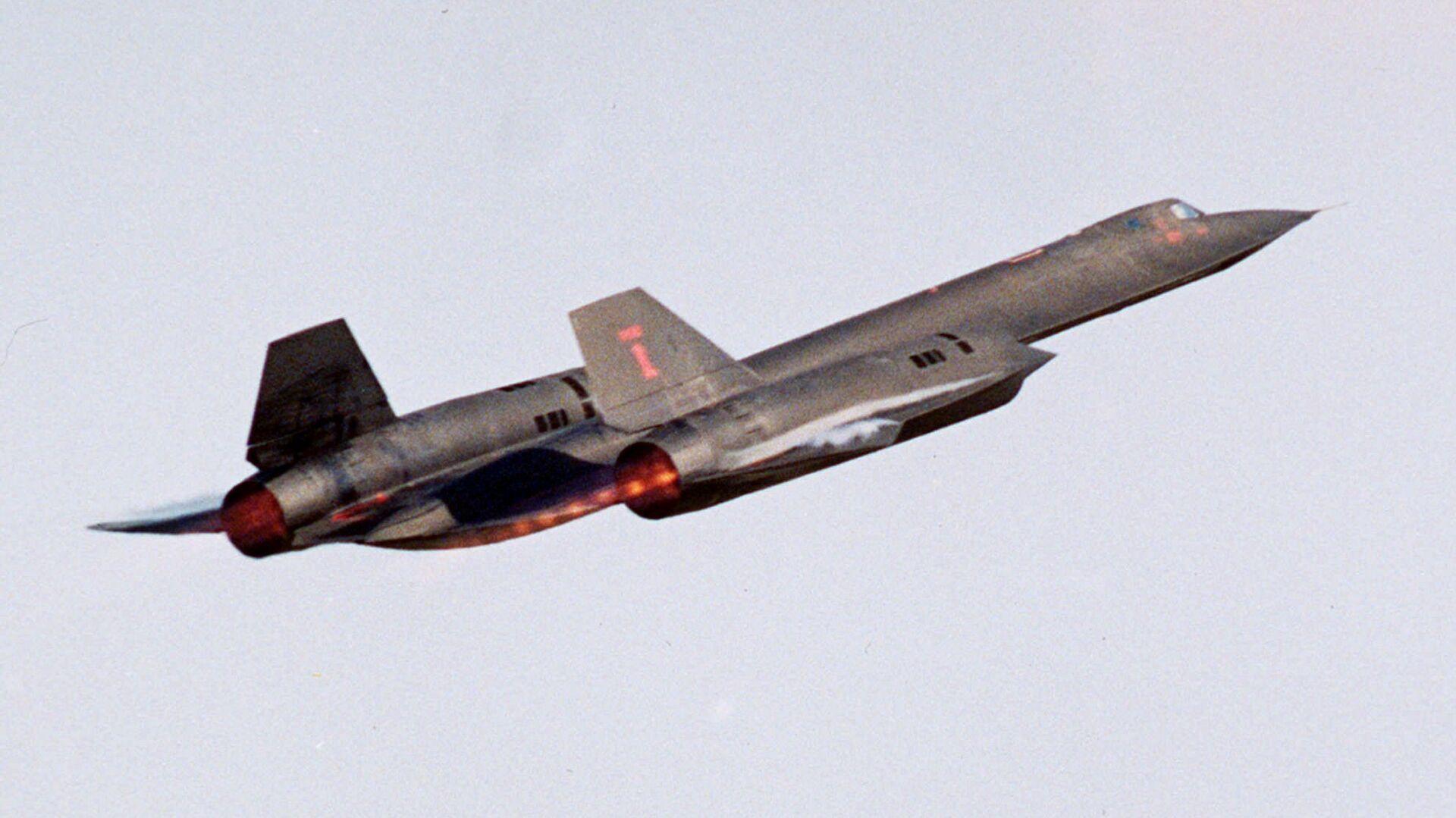 Американский самолет-шпион SR-71 Blackbird - РИА Новости, 1920, 15.06.2021