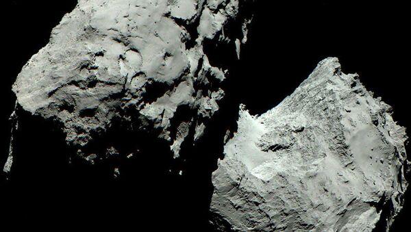 Изображение кометы, полученное с помощью OSIRIS